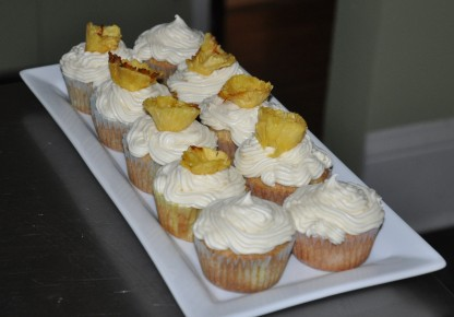 Pineapple and cream cheese? Sounds like breakfast of champions to me!